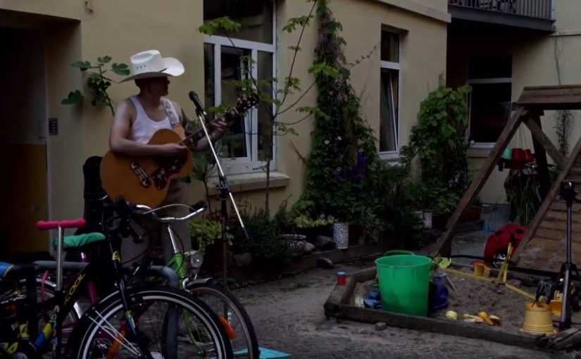 Hinterhofkonzert mit Leon Ladwig